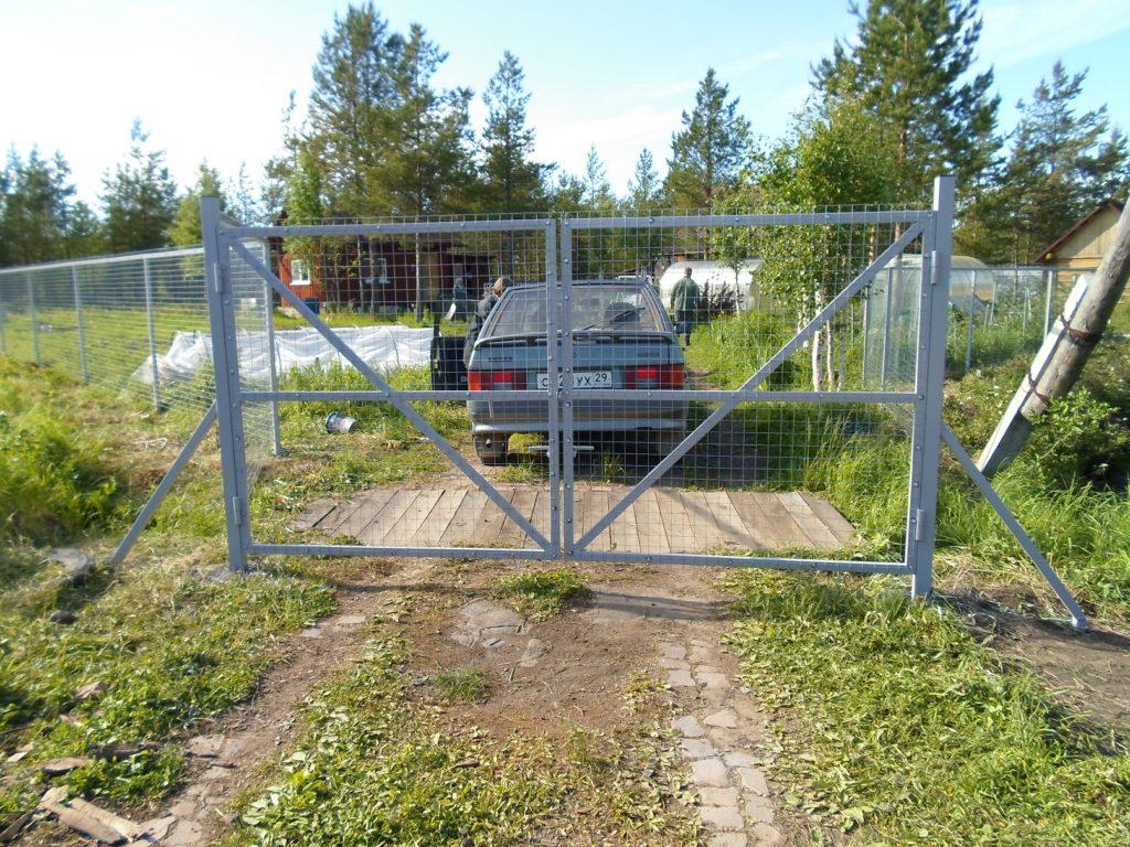 Калитки и ворота дачные в Архангельске