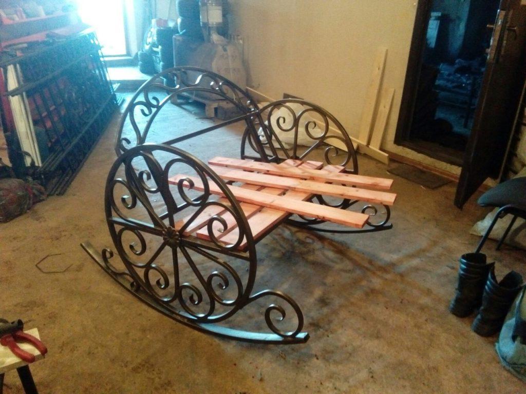 Ковка скамейка