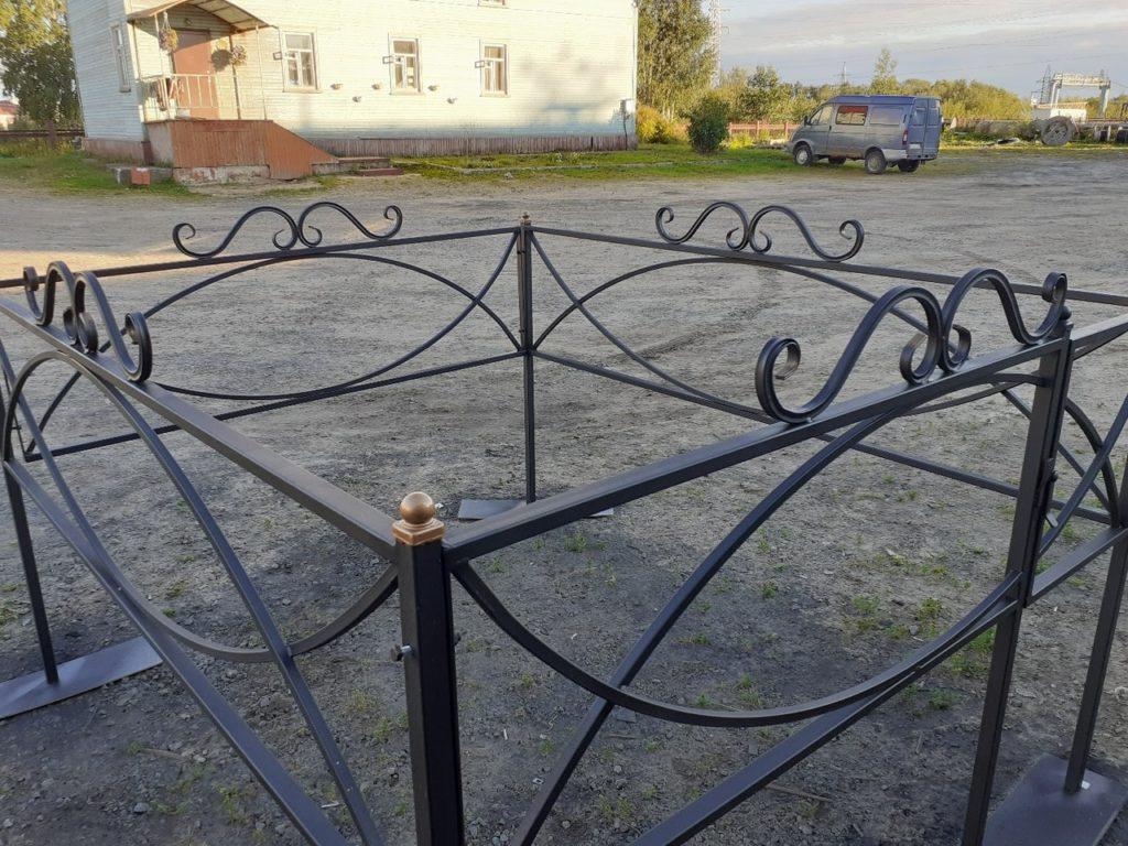 Оградки ритуальные в Архангельске