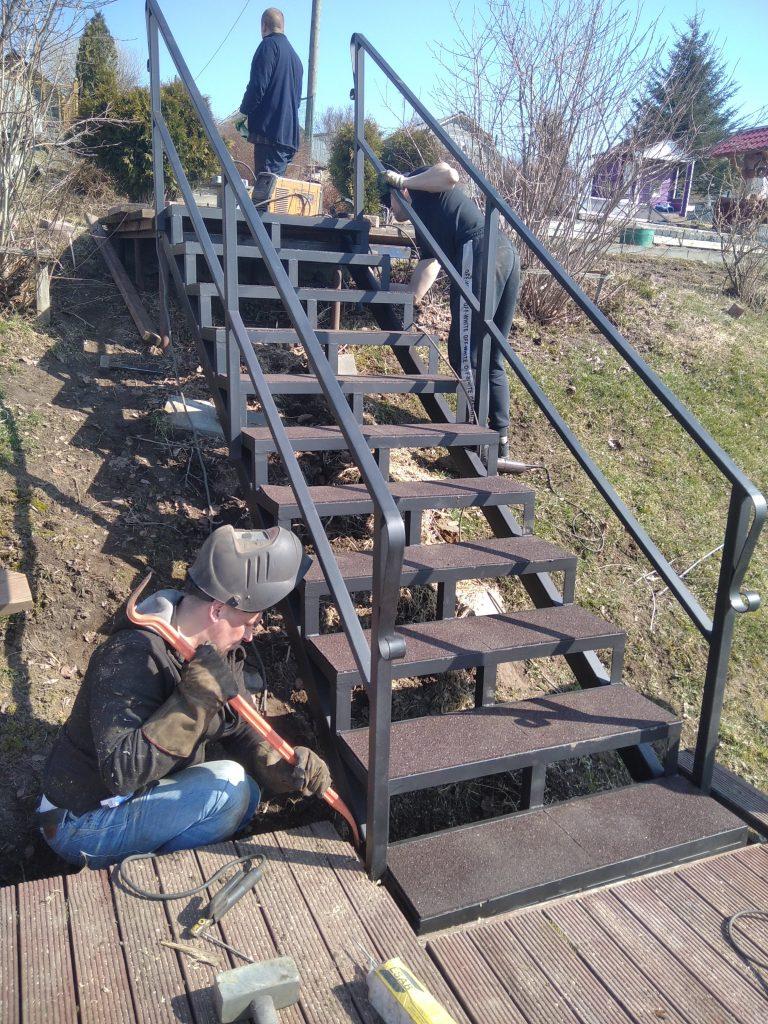 Лестница уличная